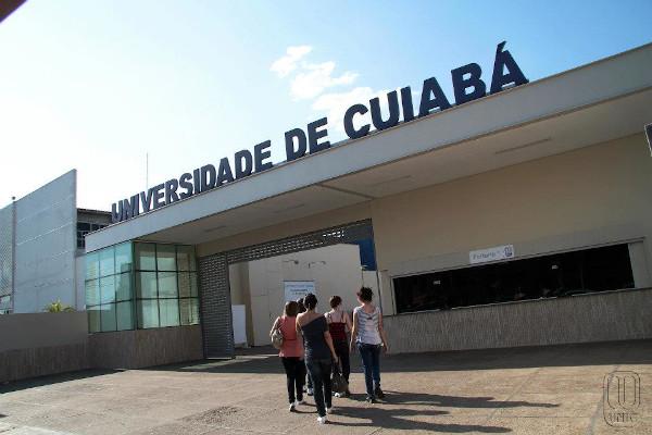 Universidade de Cuiabá, no Mato Grosso