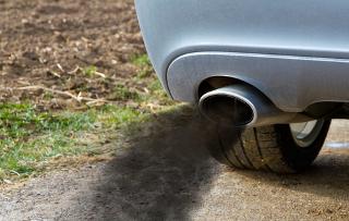 Estude sobre as consequências para o meio ambiente do uso de combustíveis fósseis