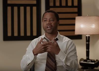 Cuba Gooding Jr como OJ Simpson