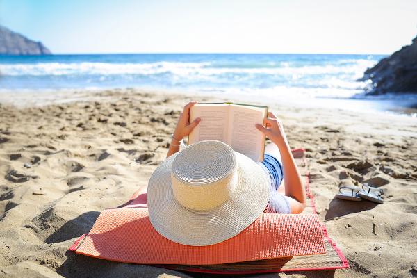 Férias escolares são ideais para conciliar descanso com aproveitamento do tempo livre para estudar