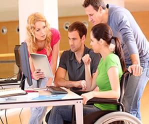 A Bolsa Deficiência estimula jovens com algum tipo de deficiência a ingressar no ensino superior