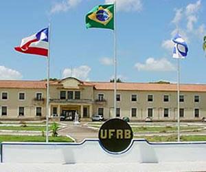 A UFRB oferece, em parceria com a UFERSA, o curso de Licenciatura em Matemática, na modalidade Ensino a Distância