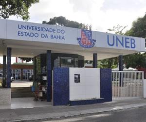 Criada em 1983, a UNEB é mantida pelo Governo do Estado da Bahia