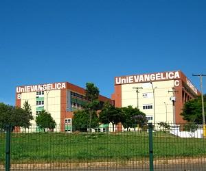 A UniEvangélica está presente atualmente, através de seus campi, em duas cidades, sendo elas Anápolis e Ceres.