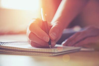 Dicas, teorias e técnicas podem contribuir para a produção de uma redação