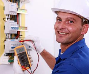 Engenharia Elétrica estuda transmissão, recepção e distribuição da energia em diversos setores