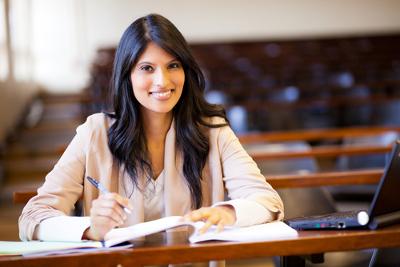 Escrever uma boa redação exige muita leitura e adequação às competências linguísticas exigidas pelo Enem