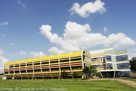 Fachada do Campus em Lin
