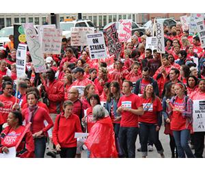 Greve na educação divide opiniões de trabalhadores e da população*