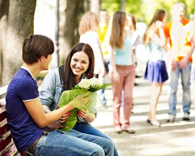 Há vários pontos de vistas sobre namorar ou não em época de vestibular