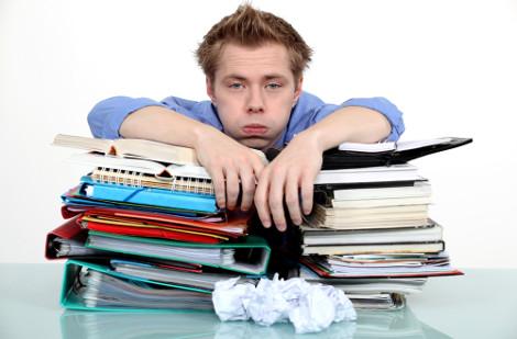 Insônia, agressividade, angústia, cansaço e depressão são alguns dos sintomas do stress