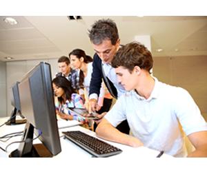 Ministrados geralmente em dois ou três anos, cursos tecnológicos possibilita ingresso mais rápido no mercado de trabalho