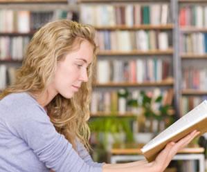 Não é recomendável substituir a leitura das obras por resumos