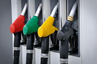 No Enem, caem muitas questões sobre combustíveis fósseis, como a gasolina e o óleo diesel, e combustíveis renováveis, como o etanol e os biocombustíve