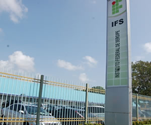 O IFS oferece cursos técnicos, de graduação e pós-graduação em todos os seus campi