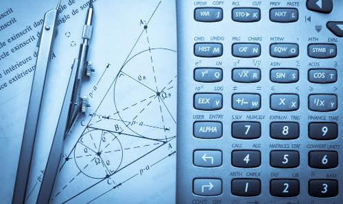 Os cursos na área de Ciências Exatas exigem bom domínio de Matemática e cálculos