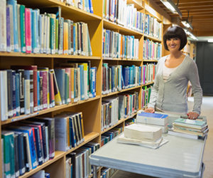 Profissional graduado em Biblioteconomia pode atuar como bibliógrafo, cientista, consultor, especialista e gestor de informação