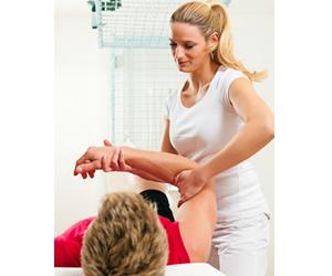 Profissional graduado em Fisioterapia pode atuar como autônomo, atendendo pacientes em domicílio ou consultórios próprios